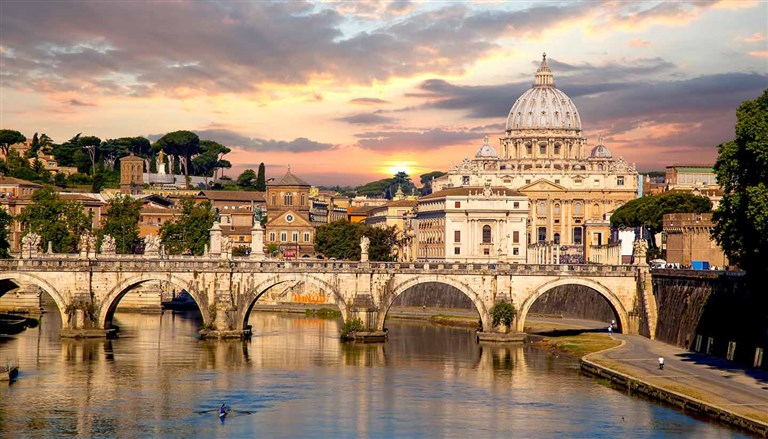 Easter in Rome From 09 till 12 April 2020