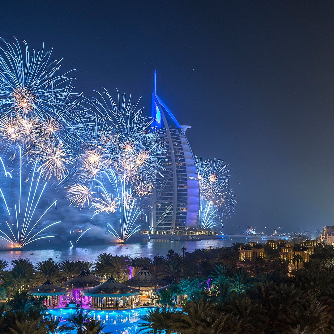 <p>Enjoy NEW YEAR 2021 in Dubai, UAE </p>